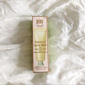 Pixi Skintreats Vitamin-C Caviar Balm